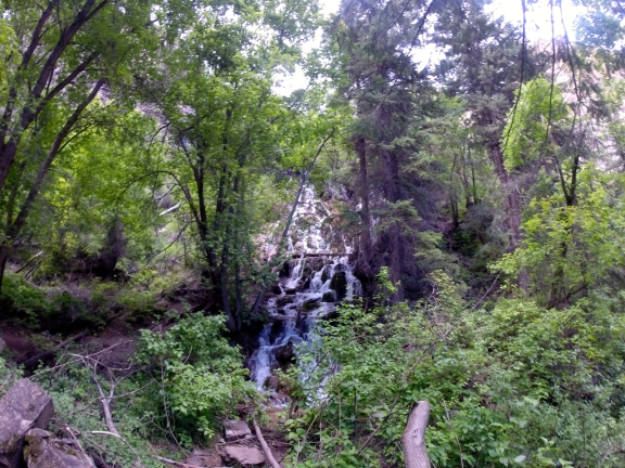 This breathtaking fall runs into Dead Horse Creek about halfway up the hike to Hanging Lake