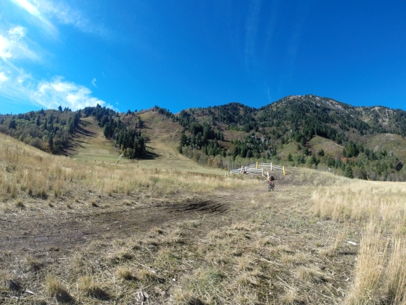 Coming off the mountain into T2 on the spectacular Xterra Utah course